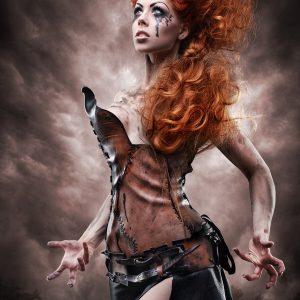 Photo: Alex Blyg Model: Ophelia Overdose